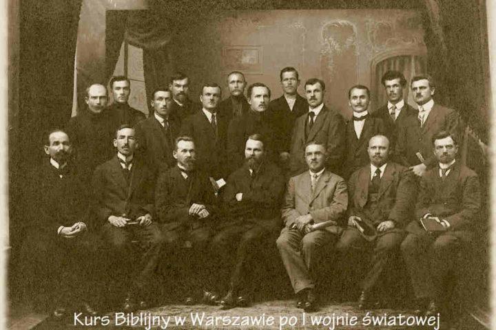 Historia-KWCh-komplet-zdjęć-3_Easy-Resize.com_