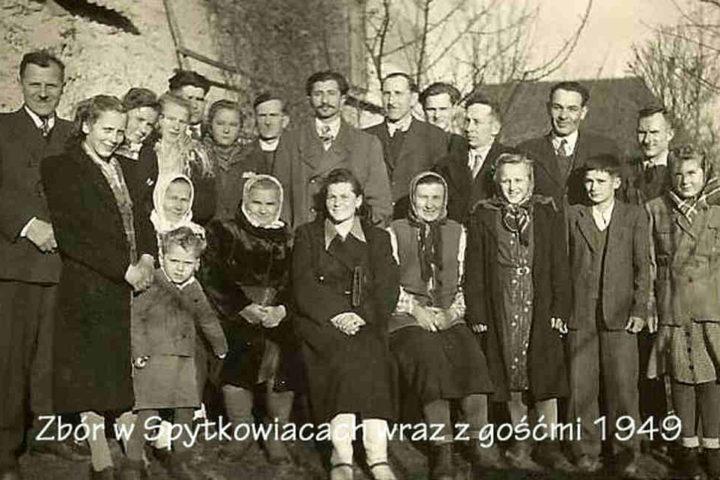 Historia-KWCh-komplet-zdjęć-51_Easy-Resize.com_
