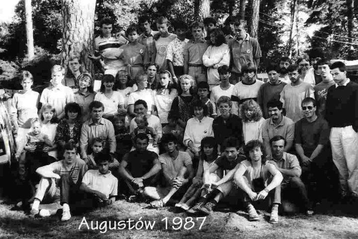 Historia-KWCh-komplet-zdjęć-98_Easy-Resize.com_